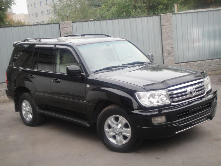 toyota land cruiser 2005 год