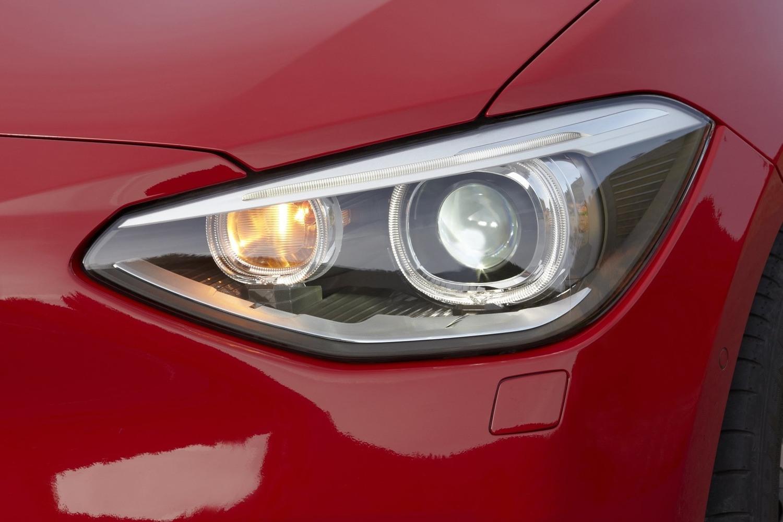 BMW 1er (БМВ 1er) 2021 - обзор модели c фото и видео