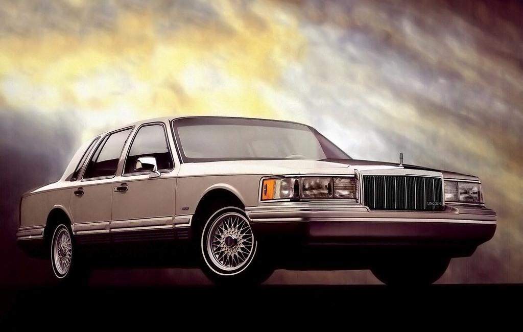 Lincoln Town Car (Линкольн Тоун Кар) 2020 - обзор модели c ...