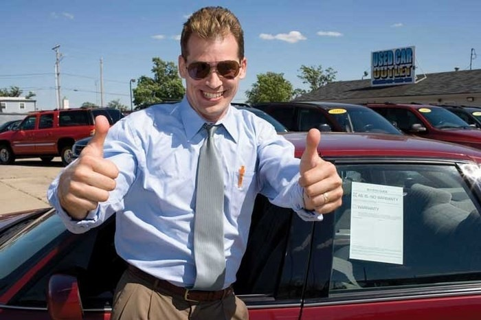 где менеджеру по продаже автомобиле найти клиентов