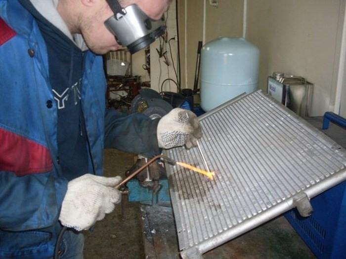 Ремонт алюминиевого радиатора автомобиля своими руками видео