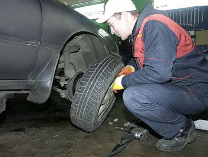 Поменять резину на авто