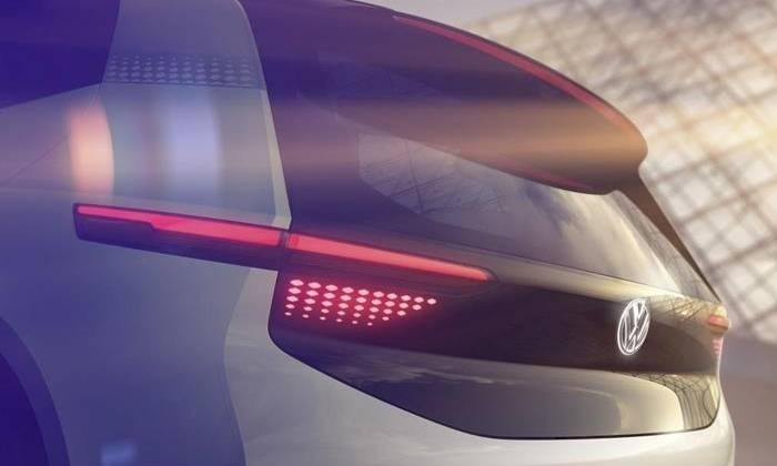VW продемонстрировал скетчи новоиспеченной пятидверки с навсе 100% электрической установкой