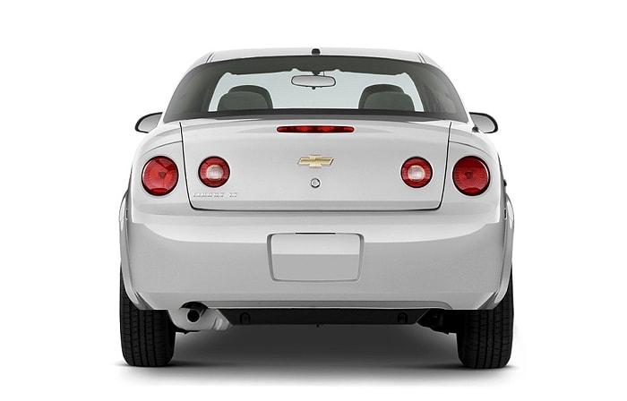 Вид сзади Chevrolet Cobalt