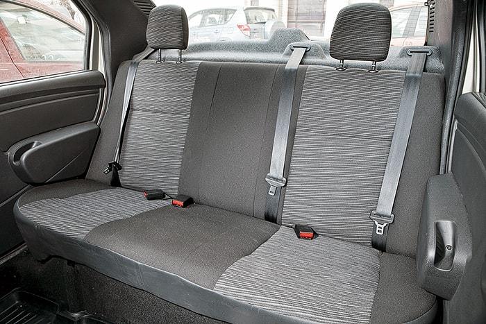 Задние сидения Renault Logan