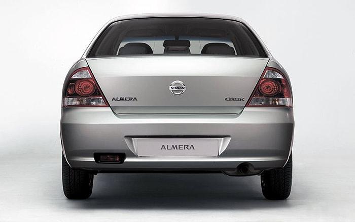 Вид сзади Nissan Almera